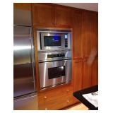 Kitchen: Stainless Microwave Oven, Stainless Oven