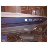 Garage: 1992 Bayliner Capri Ski Boat Merc cruiser 3.0,  Ladder
