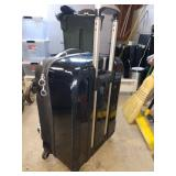 "Garage: Eagle Creek ""Tarmac"" Great Suitcase Light weight 4 Wheels"