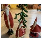 metal Santas and Christmas tree