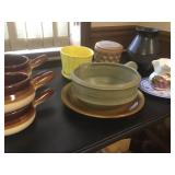 Vtg Pottery Collectibles