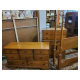 Vtg Maple Bedroom Furniture
