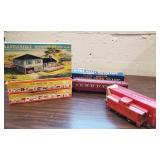 Vtg Amer. Flyer Train Cars, Plasticville Kits
