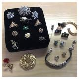 Vtg Jewelry Assortment