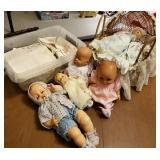 Vtg Doll Babies & Linens