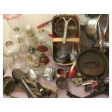 Vtg Oil Lamps & Metal Cookware