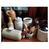 Vtg Pottery 9