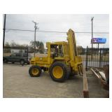 JCB 930 ROUGH TERRAIN FORKLIFT. RUNS, DRIVES AND WORKS GREAT!