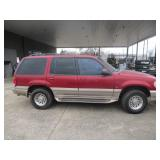 2000 MERCURY MOUNTAINEER, 5.0 MILEAGE 113997, 5.O LITER V-8, RUNS GREAT! CASH ONLY SALE! CLEAR TITLE