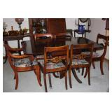 MAHOGANY DINING TABLE + 6 CHAIRS