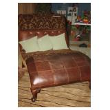 NEIMAN MARCUS HORCHOW  LEATHER DUAL CUDDLE FAINTING CHAIR