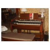 HAMMOND B3 ORGAN WITH SIDE AMPLIFIER