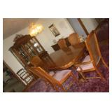 BROYHILL DINING TABLE WITH 10 CHAIRS