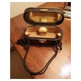 VINTAGE LEATHER  TOILETRY CASE