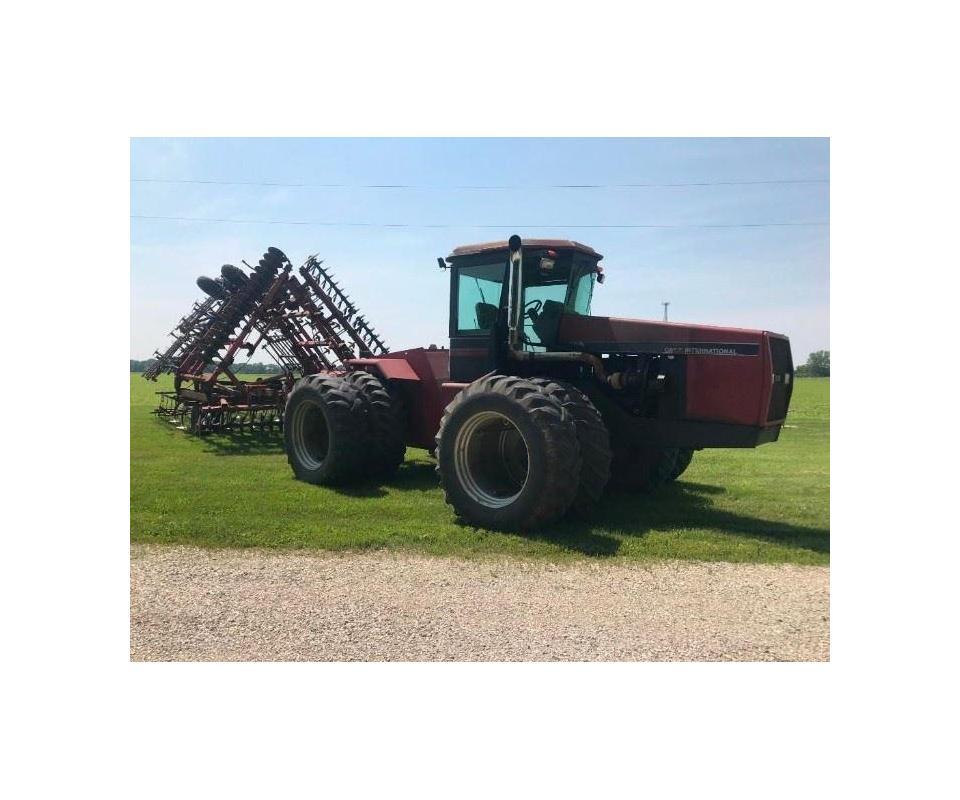 LIVE ONSITE FARM AUCTION Machinery Vehicles Antiques