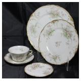 Theodore Haviland Limoges  France Memphis Queensware Company; 6 dinner plates, 1 luncheon plate, 6 s