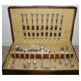 """""""Chantilly"""" by Gorham Sterling Silver Flatware c.1950: 8 Dinner knives, 1 French Knife, 8 Dinner For"""