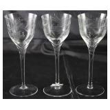 Vintage Cur Crystal Grape Pattern Cristal Cordials (3 ea.)