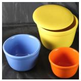 """Universal Potteries """"Oxford Ware""""    Nesting  Bowls"""