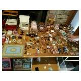 Huge collection of Artisan miniatures