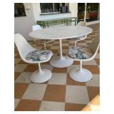 Knoll Tulip Table and Chairs