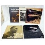 1109LOT OF FIVE BLUES ALBUMS; MISSISSIPPI JOHN HURT FOLK SONGS & BLUES, DOUG QUATTLEBAUM SOFTEE MAN