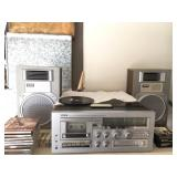 Yorx Receiver / Stereo w/ working 8 track tape player