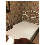 Full brass bed / Full Mattress Set
