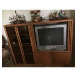 Entertainment Cabinet / Sony TV