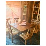 Vintage Claw Table w/5 Chairs