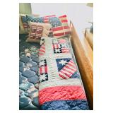 Fourth of July Quilt / Pillows