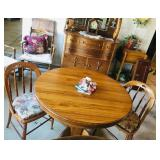 (2) Vintage Chair - Oak table w/leaf