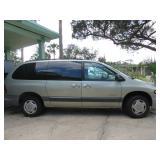 1999 Plymouth Voyager Caravan