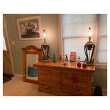 BROYHILL dresser , lamps (need shade)