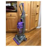 DYSON vacuum, good working