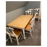 sold /clean table and 6 chairs
