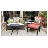 Super Nice outside/ patio furniture