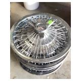 Set fo 4 CHEVY wire spoke hubcaps