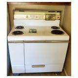 1950 Philco Electric Range - Near pristine condition !!!