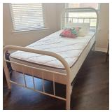 VIntage twin iron bed
