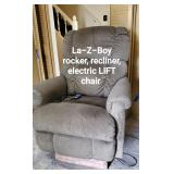 Nize La-Z-Boy electric lift chair