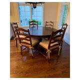 Stunning Round Dining Table w/ 6 Chairs