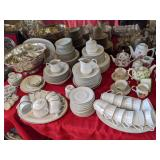 Grasons Co. Beach Cities 3 Day Holiday Decor Galore Estate Sale Seal Beach !!