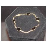 14k Gold Bracelet with Onyx Stones 4 gm