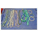 https://www.ebay.com/itm/124138100079 BOX070Z COLLECTION OF COSTUME JEWELRY STONE NECKLACES AND BRAC