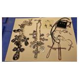 https://www.ebay.com/itm/124141886504 BOX074R COSTUME JEWELRY CHRISTIAN CROSS NECKLACE LOT $20.00 LO