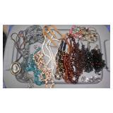 https://www.ebay.com/itm/114182810545 CJ0003 COSTUME JEWELRY NECKLACE  LOT $20.00 RX BOX 4 CJ0003