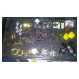 https://www.ebay.com/itm/114182826144 CJ0011 COSTUME JEWELRY EARRING LOT $20.00 RX BOX 4  CJ0011