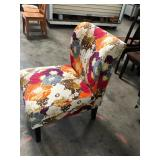 https://www.ebay.com/itm/124151281544PA023: Floral Occasional Chair $65