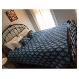 https://www.ebay.com/itm/124153676373PA027: White on Blue Comforter Queen $20